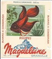 BUVARD BISCOTTES MAGDELEINE - POISSON COMBATTANT - Carte Assorbenti