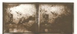 Guerre 1914-1918 Plaque De Verre Stéréo N°407 Devant VERDUN Bléssés Dans La Boue - Diapositivas De Vidrio