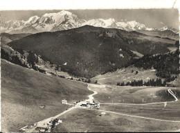 Cpsm Gf -   COL DES ARAVIS -  Dans Le Fond, La Chaîne Du Mont Blanc  161 - Non Classés