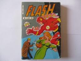 Livre Poche FLASH 1983 - Flash
