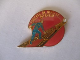 PIN´S Amicale De Quilles Biesheim - Pin