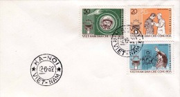 VIETNAM 1962, 3 Fach Sondermarken Raumfahrt Frankierung Auf Brief, 2 Stempel HANOI-VIETNAM - Vietnam
