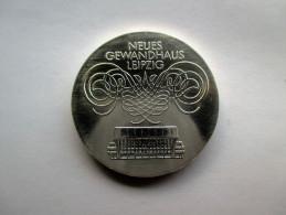 Ddr  10 Mark, 1982 Leipzig Gewandhaus - [ 6] 1949-1990 : GDR - German Dem. Rep.