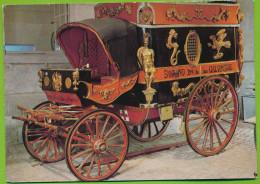 Compiègne Musée De La Voiture Voiture De Dentiste Ambulant Carrosse Carte Non Circulé - Taxi & Carrozzelle