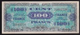 BILLET TRESOR 100 FRANCS FRANCE 1945 Série 7 - 0 épinglage, Pli Vertical Peu Marqué (2 Scan) 5 - Treasury