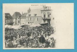 CPA - Métier Marchands Ambulants Le Marché MONTAIGUT (63) - Montaigut