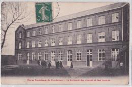 GONDECOURT (Nord) - Ecole Supérieure - Le Bâtiment Des Classes Et Des Dortoirs - Otros Municipios