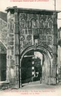 CPA - L'Auvergne Historique Et Pittoresque - SAINT SAUVES - Porte De L' Ancienne Eglise - - France