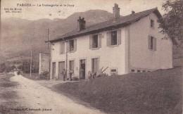 CARTE POSTALE  FARGES  01   La Fromagerie Et Le Jura - France