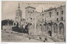 France - Avignon - Le Palais Des Papes Et N -D Des Doms - Avignon
