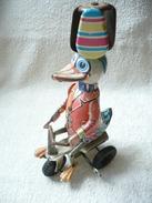 Blech Ente Auf Dreirad    (169) - Antikspielzeug