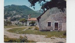 05 - VAUNIERES Par ST JULIEN EN BEAUCHENE / VILLAGE DES JEUNES - Autres Communes