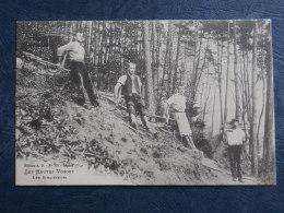 Les Hautes Vosges  Les Schlitteurs - Ed. AD 705 - Circulée 1905 - L269 - France