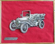 Cadre Doré Avec Voiture Miniature En étain Sur Velours Rouge: Mercedes Modèle 1903 - Etains