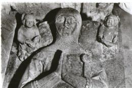 Saint Thibault Le Gisant Un Des  Seigneurs St Beury   CPSM Ou CPM - France