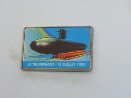 Pin's SOUS MARIN LE TRIOMPHANT - Bateaux