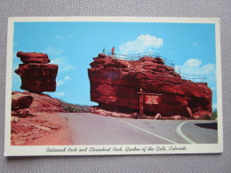 Balanced Rock And Steamboat Rock, Garden Of The Gods, Colorado. - Etats-Unis