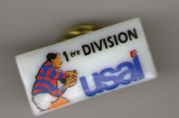 PIN S PORCELAINE  THOSCA  RUGBY    1ERE DIVISION USAL - Alimentation