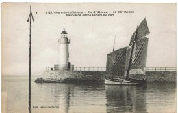 CPA - 17 - ILE D'OLERON -  La Cotinière - Phare -  Barque De Pêche Sortant Du Port - - Ile D'Oléron