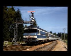 19 - EGLETONS - Train - Locomotive - Egletons