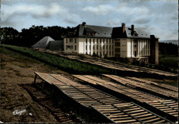 19 - MEYMAC - école Forestière - France