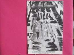 29 - Penmarch - Musée Préhistorique - Vitrine Des Armes Et Bijoux De L'époque Du Bronze - Scans Recto-verso - Penmarch