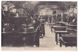 LA GRANDE TRAPPE, Près Mortagne. - Chocolaterie. Un Moulin à Cacao Et Les Mélangeurs. Superbe Cliché Pas Courant - France