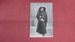 > Malta--  Lady Costume--  Ref 2336 - Malta