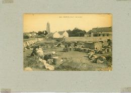 CP.  44.  BATZ.  AU  LAVOIR.  Angle Bas Droit Abimé, état - Batz-sur-Mer (Bourg De B.)