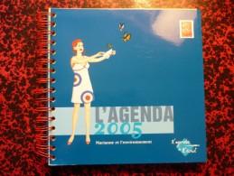 Agenda La Poste 2005 Avec 10 Cartes Postales Pré-timbrées - état Neuf - Timbres