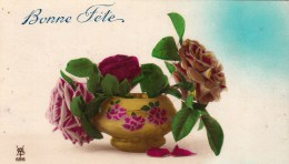 CPA BONNE FETE - Vase De Roses. 686 - Feiern & Feste