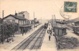 CPA 78 HOUILLES LA GARE TRAIN - Houilles