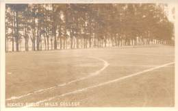 USA - Oakland - Mills College, Hockey Field, R.P. (carte Photo) - Oakland