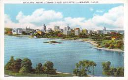 USA - Oakland - Skyline From Across Lake Merritt - Oakland