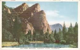 USA - Yosemite Valley - The Three Brothers - Yosemite