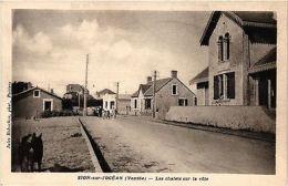 CPA Sion-sur-l'Océan - Les Chalets Sur La Cote (167417) - France