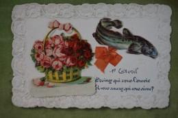 Carte Ornée De Découpis Collés Corbeille De Fleurs Poisson, Ruban De Soie - 1er Avril Devinez Qui Vous L'envoie.... - 1er Avril - Poisson D'avril