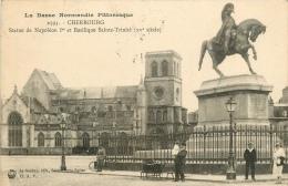 CPA Cherbourg-Statue Napoléon   L2202 - Cherbourg