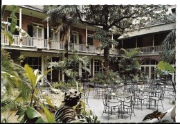 LOUISIANA---NEW-ORLEANS---patio Of Brennan's French Restaurant---voir 2 Scans - New Orleans