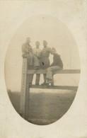 BELLE CARTE PHOTO DU CAMP DE SAVOIE - TROISDORF ( DECEMBRE 1923 ) SOLDATS - Troisdorf