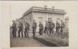 27824g  GUERRE 14-18 - MILITAIRES EN UNIFORME - Guerre 1914-18