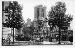 CPSM 93 AUBERVILLIERS L EGLISE ET LE PARC DE LA MAIRIE - Aubervilliers