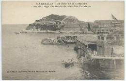 Marseille-Un Coin De La Corniche-Vue Du Large Des Bains De Mer Des Catalans-(CPA) - Endoume, Roucas, Corniche, Spiaggia
