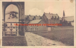 Het Klooster Der Paters Te Tremelo Met Het Geboortehuis Van Pater Damiaan - Tremelo