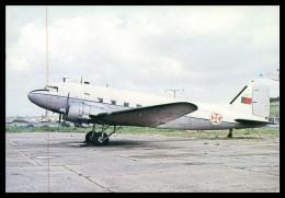 "AIRPLANES - PROPELLER - Douglas C-47 "" Dakota""  ( Ed. Museu Do Ar )carte Postale - Sonstige"