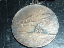 INSIGNE MEDAILLE - SOCIETA CANOTTIERI LARIO 1891-1931 COMO A.IX - Rowing