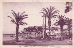 SANARY SUR MER QUAI VICTOR HUGO ET LES BAUX (dil279) - Sanary-sur-Mer