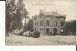 Clairvaux  10   L'Hotel Judey-Place Animée-Attelage Et Petit Train D'Usine - Frankrijk