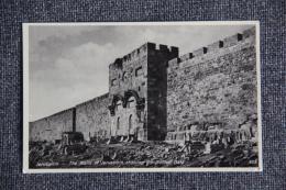 JERUSALEM - Sous Les Murs De JERUSALEM, La Porte Dorée.