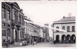 ATH - Hôtel De Ville Et Rue Aux Gades - Ath